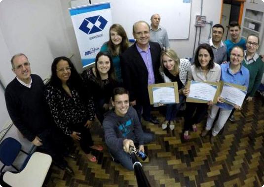Alunos da USJT no torneio 'Escala Empresarial'. Atividade organizada pelo Prof. Alexandre Merofa