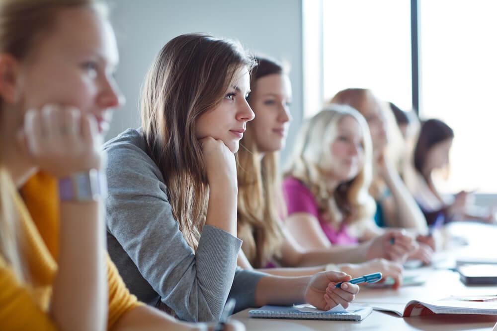 Por que fugir da aplicação de aulas teóricas?